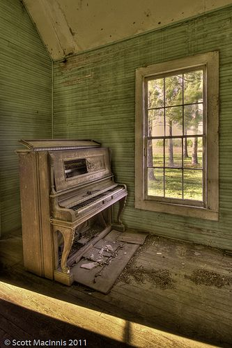 A Moment of Silence - Young's Chapel, Georgia | Old, abandon… | Flickr