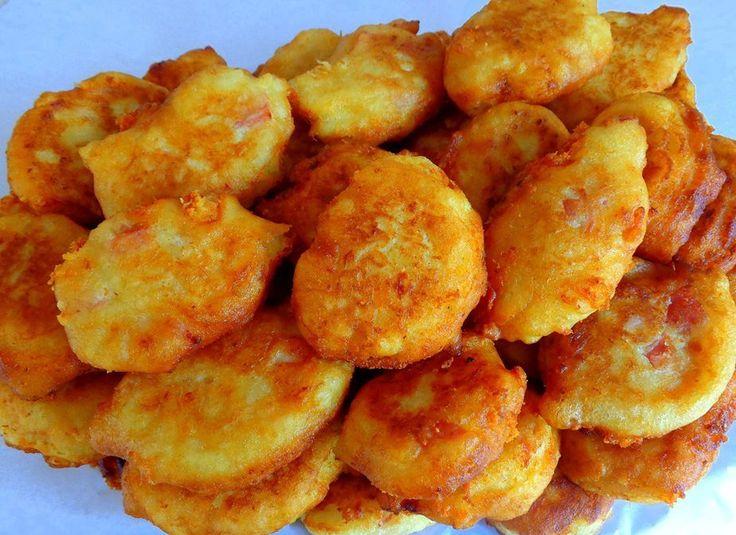 ΛΟΥΚΟΥΜΑΔΕΣ ΠΑΤΑΤΑΣ μέ ΖΑΜΠΟΝ καί ΤΥΡΙ ... :) !  Πάντα λαχταριστοί καί πάντα επίκαιροι είναι οί λουκουμάδες ... ! ! !  ΥΛΙΚΑ:  1/2 κιλό πατάτες  1/2 κιλό αλεύρι  2 αυγά  2 μέ 3 κουταλιές τής σούπας ελαιόλαδο  2 κουταλάκια τού γλυκού αλάτι  1