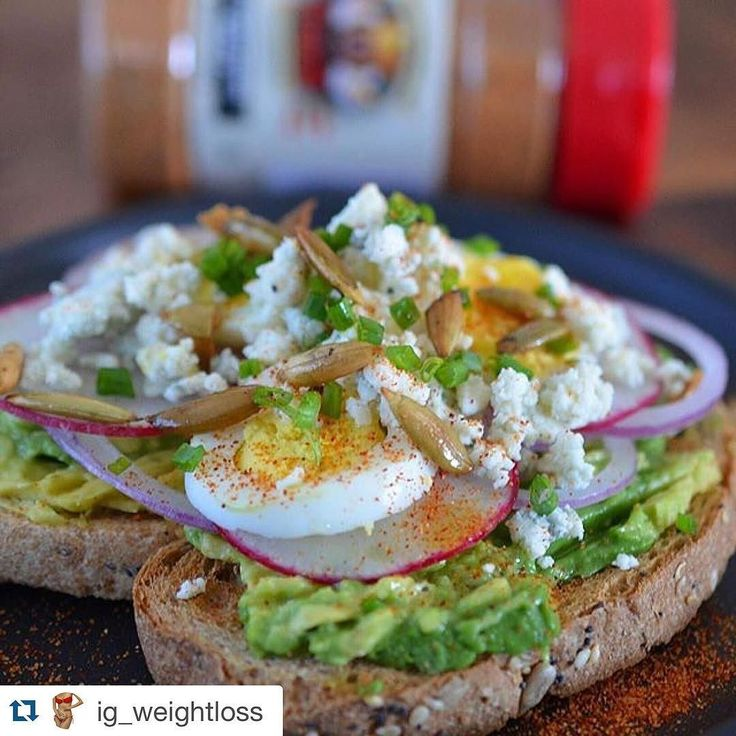 Egg and Avocado Toast For More Delicious and Healthy Recipes follow: INGREDIENTS: 1-slice toasted bread 1/2-avocado 1 tbsp-FETA cheese 1 sliced radish 1 tbsp-sliced red onion 1 sliced egg 1 tbsp-pumpkin seeds Sprinkle of diced scallions 1 tbsp-#flavorgod seasoning . DIRECTIONS: Spread avocado on top of toast top with radish EGG red onion Sprinkle with FETA cheese scallions pumpkin seeds - @my_contract_group #weightloss #diet #nutrition #fit #instafood #instafriends