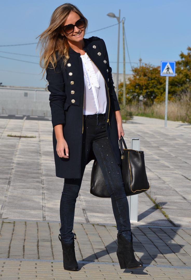 Zara  Abrigos, Balcón de Moda   Camisas / Blusas and Zara  Pantalones