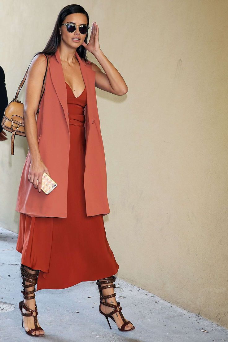 Adriana Lima at Bottega Veneta Show at Milan Fashion Week -02