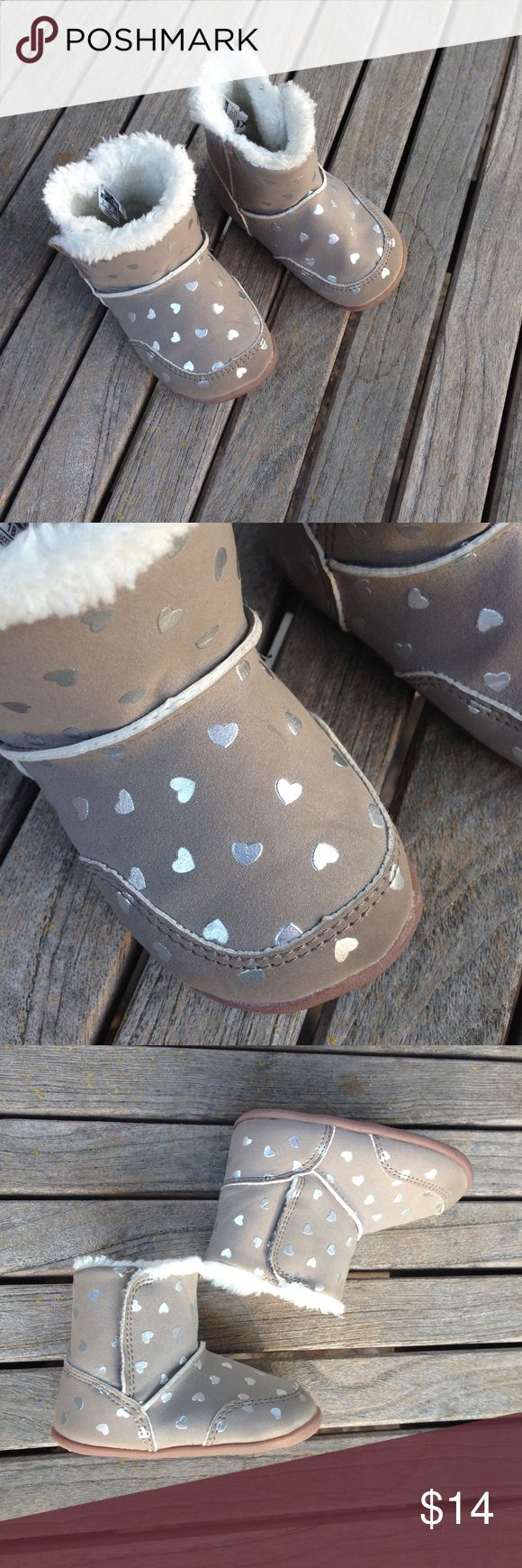 Carters Baby Stand 3 Silver Heart Faux Fur Booties What little darling wouldn't love these with hook and loop fasteners on the side and rubber soles Maker: Carters Size 3 Very good pre-owned worn condition and coming from a non smoking home. Carters Shoes Boots