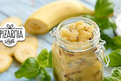 Oryginalny i intrygujący przepis na dżem bananowy z bazylią. Przekonaj się, jak smakuje według przepisu z Kuchni Lidla!
