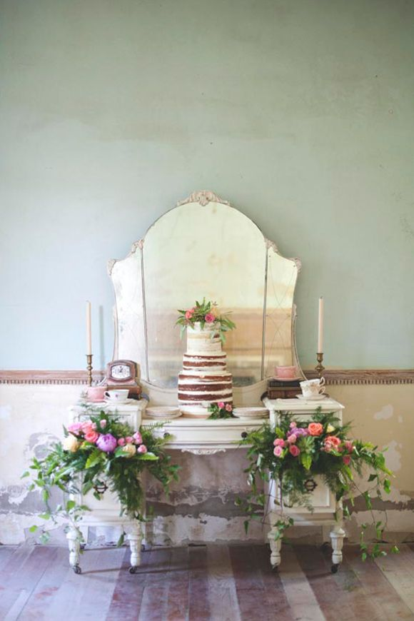 Vintage English Garden Inspiration | magnolia rouge - See more at: http://magnoliarouge.com/vintage-english-garden-inspiration/#sthash.MSRhWNEB.dpuf