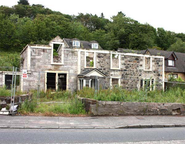 Littlemill scotch whisky distillery closed 2004