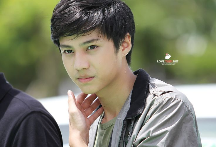 When you smile sun shines thiti mahayotaruk http://www.lovethiti.net/photo.html