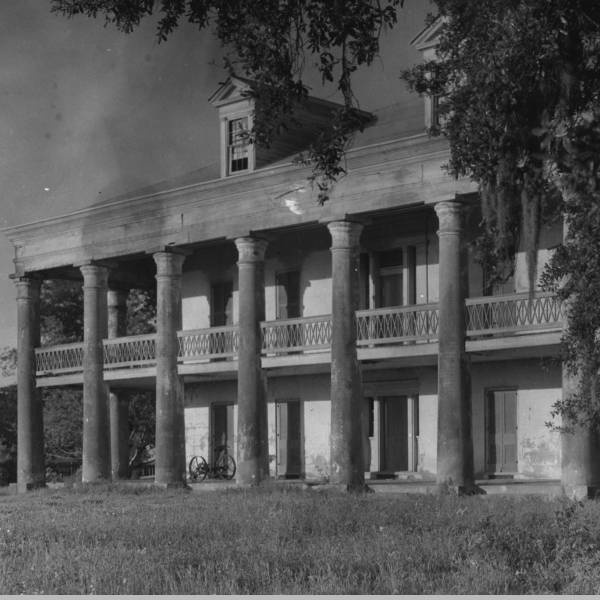 Uncle Sam plantation in St. James Parish, Louisiana.  Demolished in 1940.