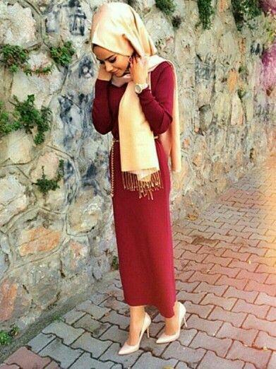 Comment porter le rouge avec le hijab ? - Maison Ecrin