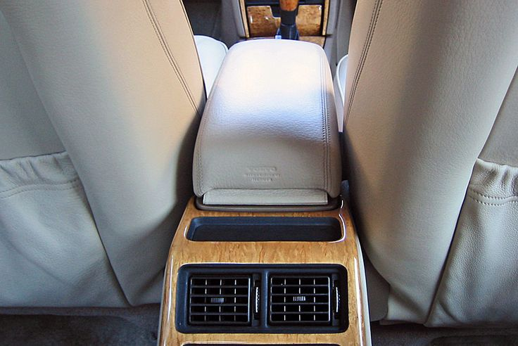 volvo s90 royal hermes 1998 center arm rest my volvo s90 royal hermes interior pinterest. Black Bedroom Furniture Sets. Home Design Ideas