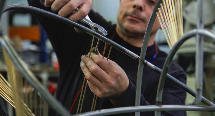 Pouenat: ferronnier d'art, travail des métaux acier inox laiton aluminium cuivre bronze