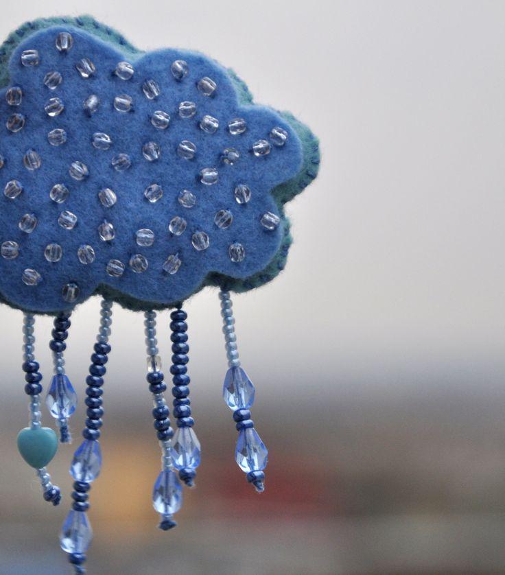 cloud brooche - made of felt and Czech beads