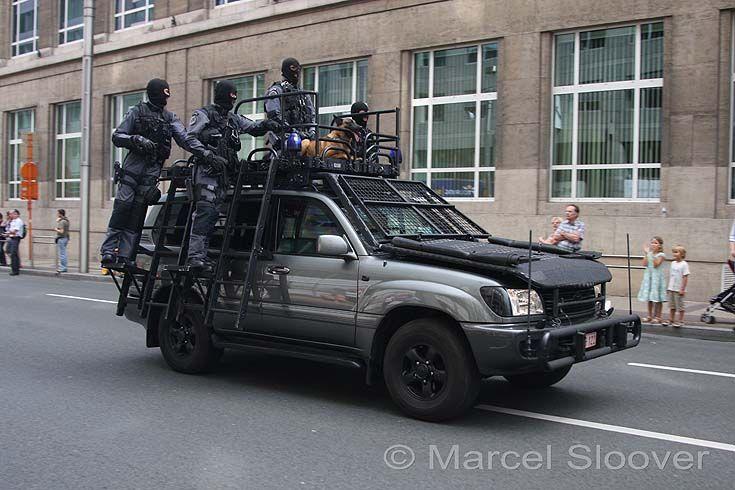 hilux special forces   Muli di polizia, esercito, e di pubblica utilità...
