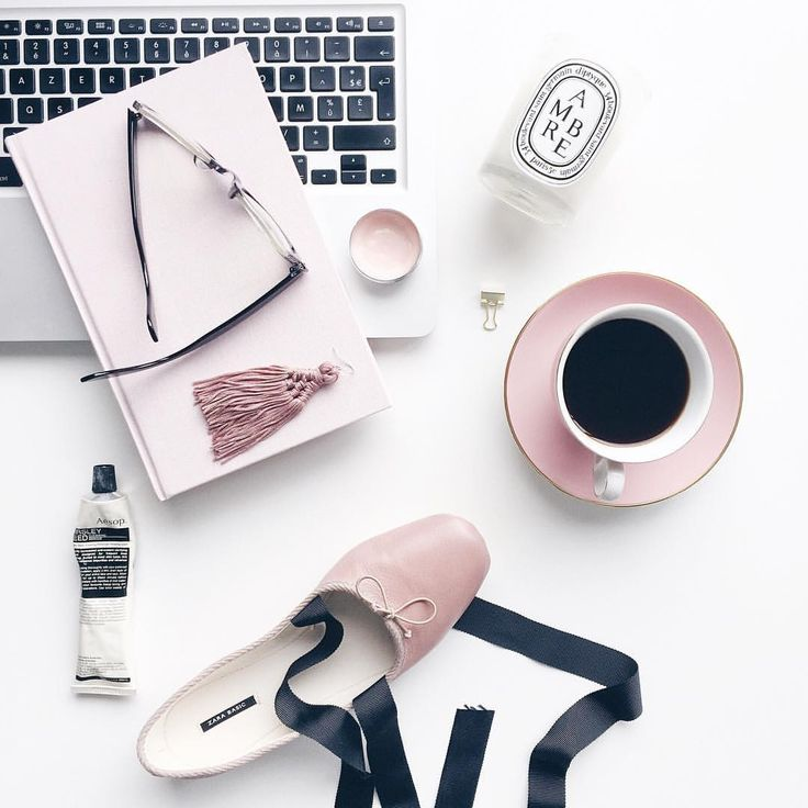 Friday favourites- a serious case of pink appreciation!#thatsaleafFLAT #flatlay