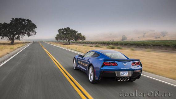 Chevrolet Corvette Stingray 2016  / Шевроле Корвет Стингрей 2016 – вид сзади
