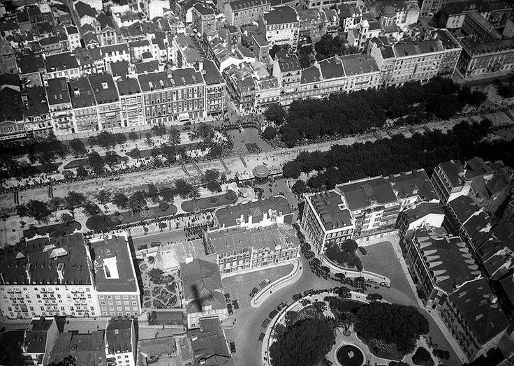 Avenida da Liberdade e Praça da Alegria, 1934.