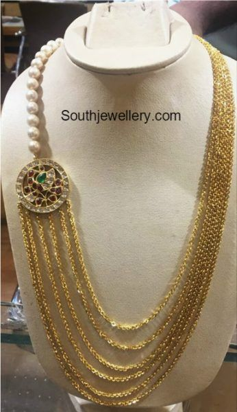 Chandraharam With Peacock Side Pendant Photo Gold Jewelry Fashion Gold Jewelry Necklace Jewelry Design Necklace