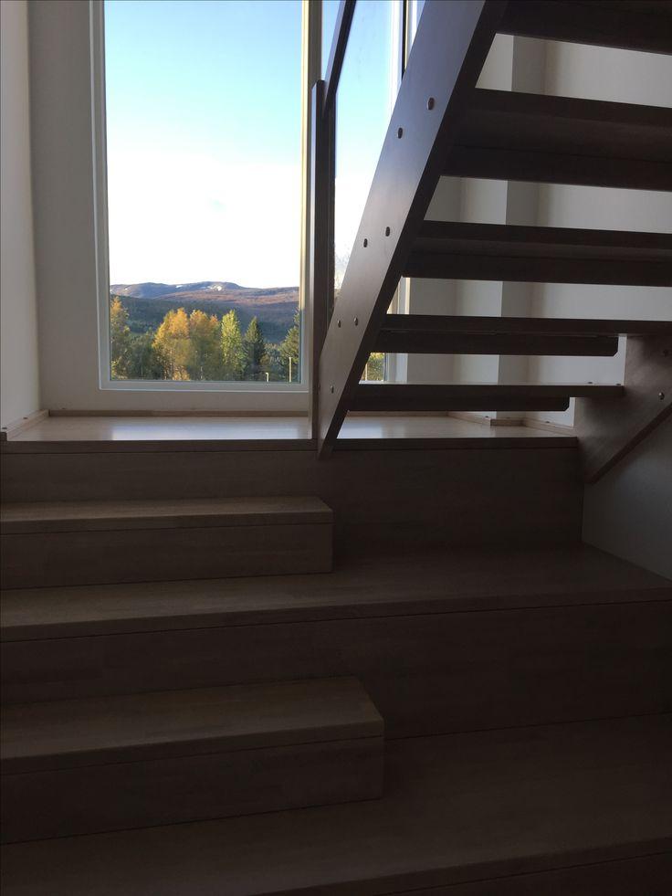 Trapp fra Bergmoen Snekkerverksted, Rindal