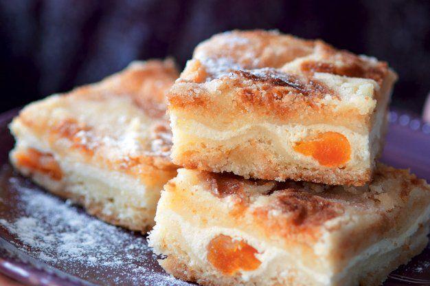 Sypaný koláč s tvarohem | Apetitonline.cz