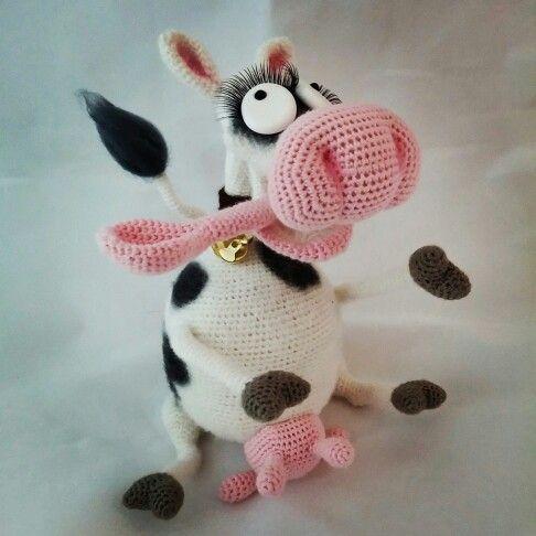 Crochet cow from a pattern by sofi walkiriya