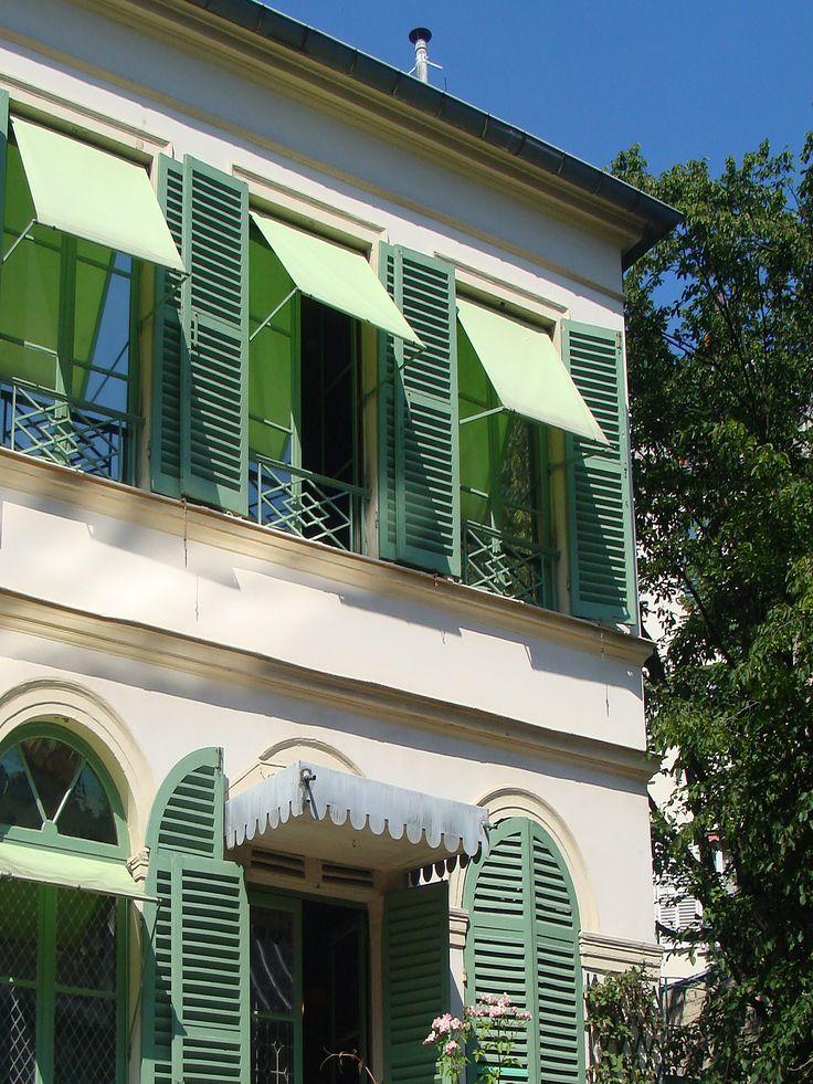 Visite du quartier romantique de Paris la Nouvelle Athènes. http://visite-guidee-paris.fr