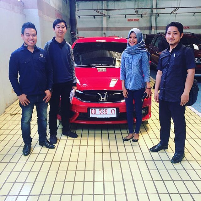 Thanks om hendra Enjoy your Honda hondamakassar hondaisme hondabrio hondamakassarindah
