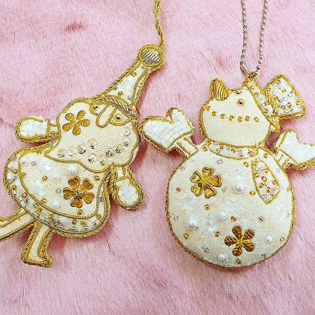 #christmas #santaclaus #Ornament #snowman #beading  #handmade #accessory #embroidery #sequin #art #school #lesson #ビーズ刺繍 #ハンドメイド #スパンコール #刺繍 #手芸 #お稽古 #オートクチュール #keijitagawa  #田川啓二  こちらのサイトでご購入出来ます。http://item.rakuten.co.jp/tilia/10000800/