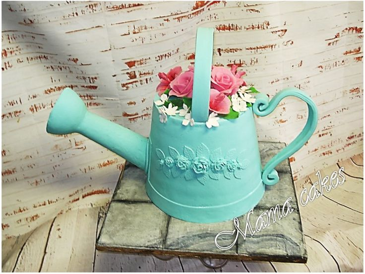 konvička - watering can cake