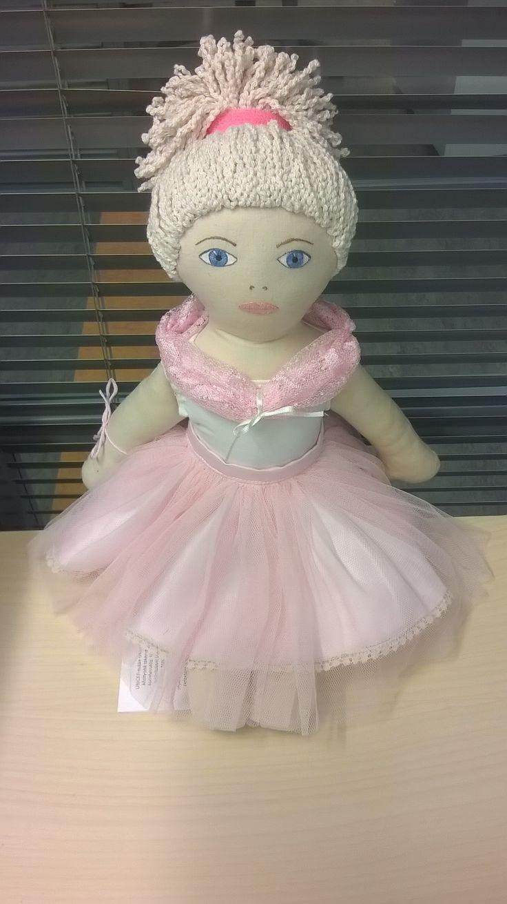 Unelma Unicef-nukke