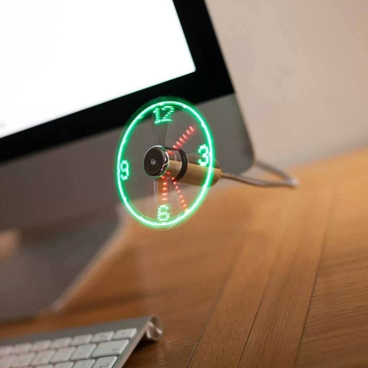 WooW Pix » Colorful Life Style » Usb Fan Clock!