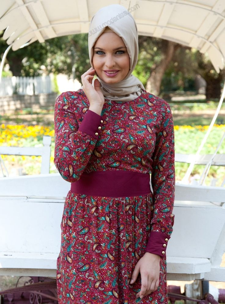 Hijabi-friendly, modest dresses/clothing; ships from Turkey