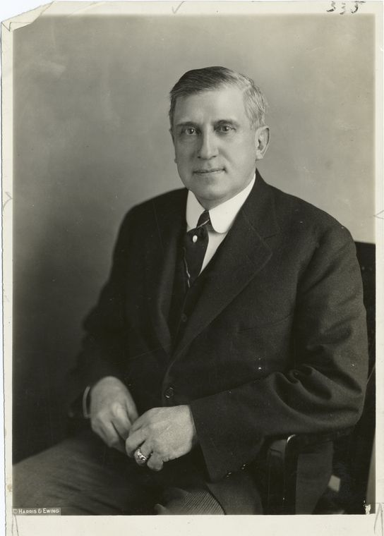 Tycoon Charles M. Schwab lost his entire fortune nearly overnight -- photo NYPL Collection