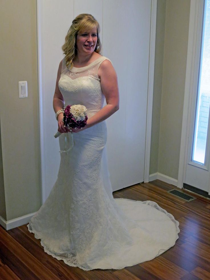 Robert Bullock $500 Size: 10 | New (Un-Altered) Wedding Dresses