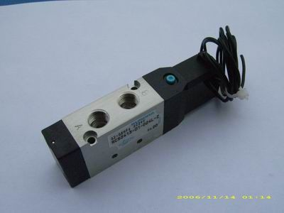 KURODA Kuroda precision solenoid valve RCS2413-01-D24