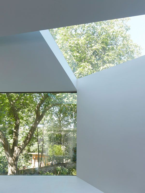 Image 10 Of 21 From Gallery Of Lens House / Alison Brooks Architects.  Photograph By Paul Riddle