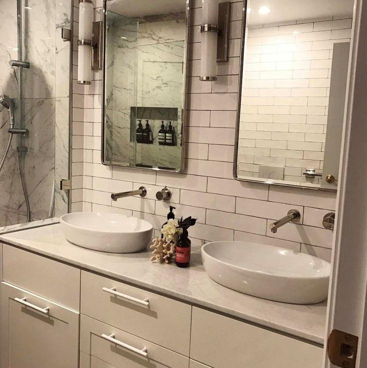 """S T U N N I N G ! Absolutely loving this bathroom vanity we just completed in @duluxuk """"White Verdict Quarter"""""""