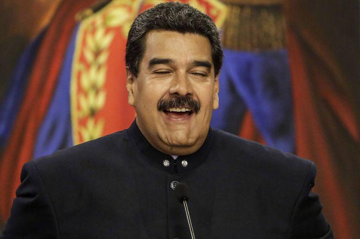 #7Sep ¡Populismo! Maduro decretó un aumento de 40 % en el salario mínimo y pensiones este jueves #Venezuela - http://www.notiexpresscolor.com/2017/09/07/7sep-populismo-maduro-decreto-un-aumento-de-40-en-el-salario-minimo-y-pensiones-este-jueves-venezuela/