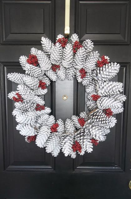 Winter Wreath, door decoration, DIY door decor, DIY home decor I really like how this looks :) and it would be easy