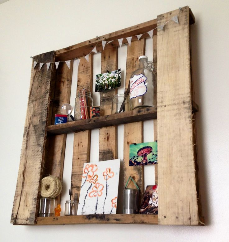 wall shelves made out of pallets 2