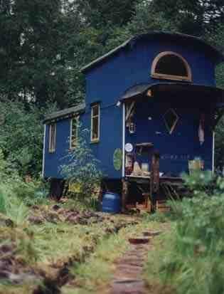 Blauer Bauwagen