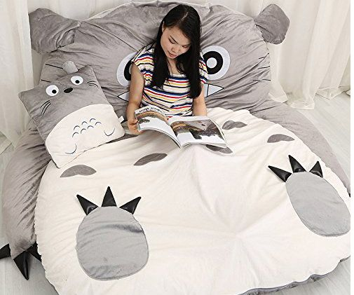 Like a kangaroo, cuddle in and up to your very own Totoro while you relax, read and watch TV or take a nap. He comes filled with an extremely soft padding for the ultimate level of comfort.