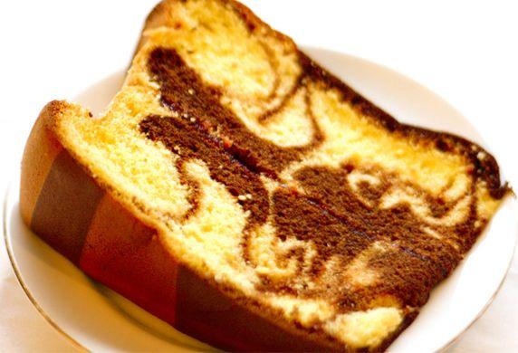 Recept voor marmercake -  Er zijn verschillende soorten cake, zo heb je bijvoorbeeld een chocoladecake, een fijne cake maar ook een marmercake. Wie deze nog nooit geproefd heeft, kan het met dit recept voor marmercake proberen, want geloof mij …