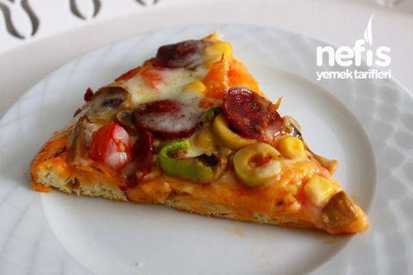 Tepside Karışık Pizza Tarifi nasıl yapılır? 6.250 kişinin defterindeki bu tarifin resimli anlatımı ve deneyenlerin fotoğrafları burada. Yazar: Emine Ayşe Karataslı