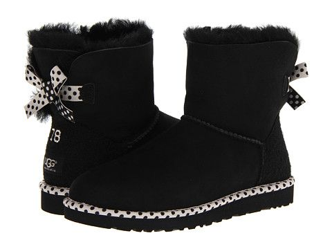 Shut the front door!!!  These UGGS are the cutest thing ever!!!