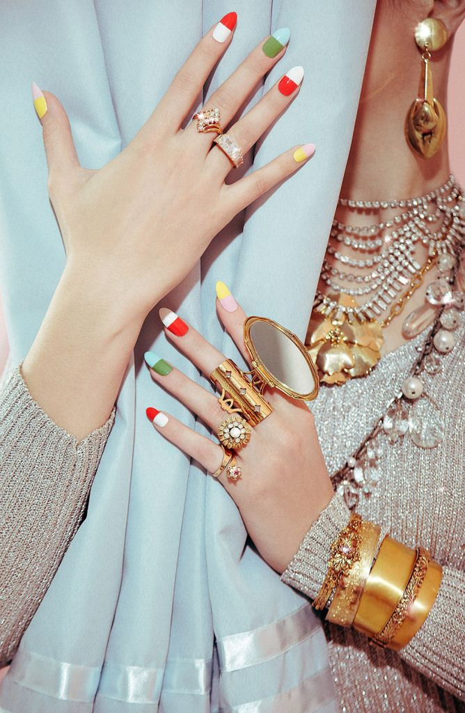 Fashion Nail Trend: VALLEY OF THE DOLLS PILL POPPING NAILS BEAUTY SHOOT