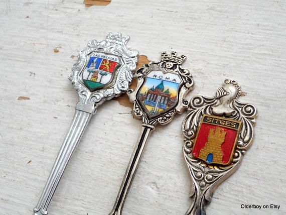 Vtg Spoons / Las PALMAS / ROMA / SITGES spoon Collectible