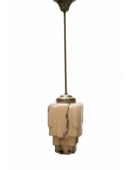 Glazen hanglamp, Gemarmerde glazen kap aan pendel. Op zoek naar klassieke verlichting? Kom bij Lamplord kijken! Online lampenwinkel vol Antieke en Vintage Verlichting. Ook losse onderdelen ter reparatie eigen verlichting.