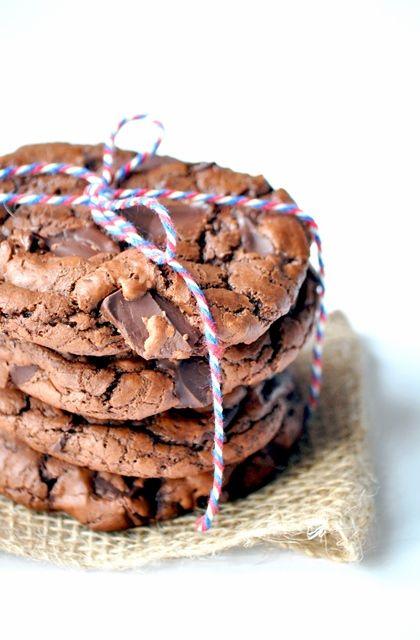 Elodie's Bakery: Double chocolate chunk cookies | Cookies au chocolat et morceaux de chocolat