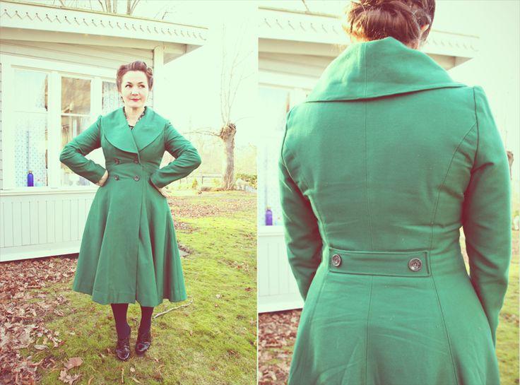 Anna Neah: Kläder jag sytt Perfekta kappan! Den gröna fast i rött eller turkost :D