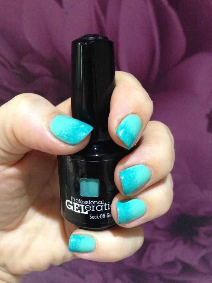 Jessica GELeration ombre nails in Mint Julep and Capri Sea. Created by Leanne Thomas. | Awesome Nail Art | Jessica geleration, Beauty nails, Pretty nails