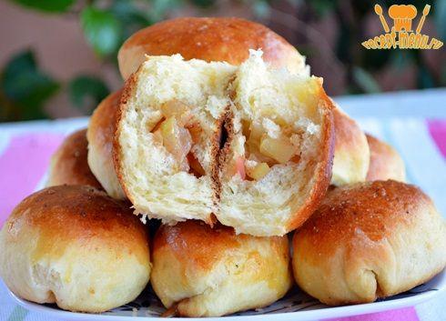 Узнайте как готовить самые вкусные пирожки с яблоками Рецепт сладких домашних пирожков с яблоками выпеченных в духовке. Пышные и ароматные получаются по этому рецепту.